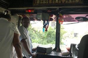 Bus fahren in Sri Lanka